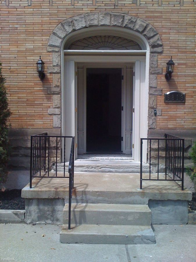 1 Bedroom 1 Bathroom Apartment for rent at 5819 5th Ave in Pittsburgh, PA