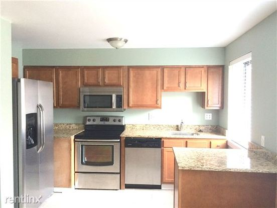 2 Bedrooms 1 Bathroom Apartment for rent at 195 Dell Ave in Pittsburgh, PA