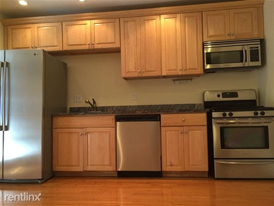 2 Bedrooms 2 Bathrooms Apartment for rent at 707 College Ave in Pittsburgh, PA