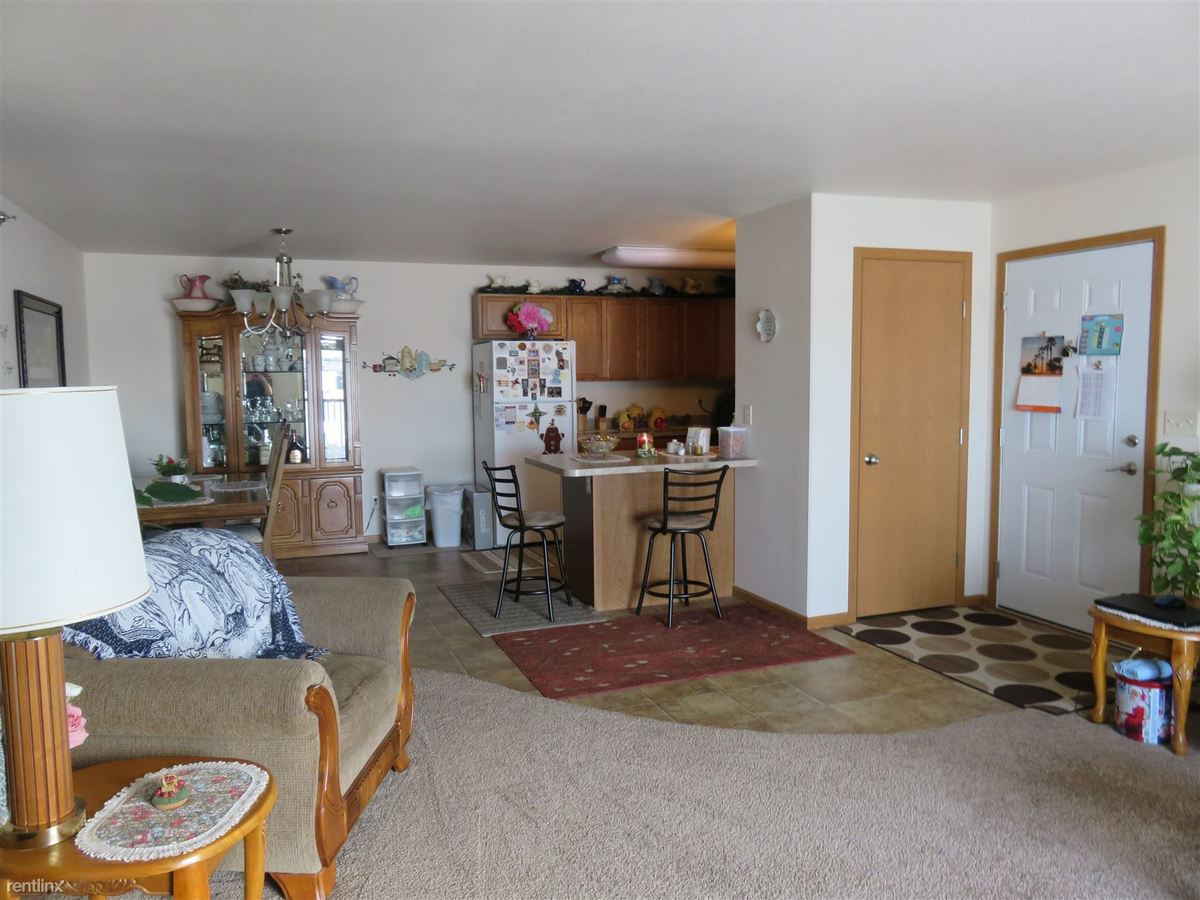2 Bedrooms 2 Bathrooms Apartment for rent at 2509 40th Ave Se in Mandan, ND