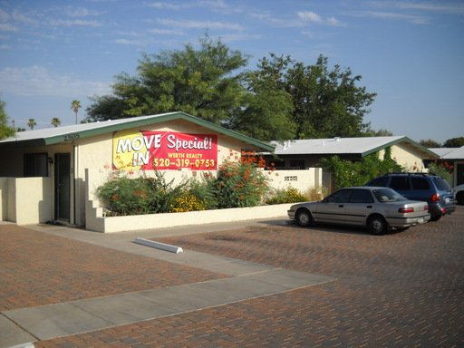 2 Bedrooms 1 Bathroom Apartment for rent at 2505 N Dodge Blvd G-2 in Tucson, AZ