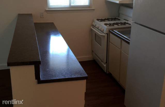 2 Bedrooms 1 Bathroom Apartment for rent at Eagle Rock Apartments in Denton, TX