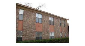 Similar Apartment at 1203 W 49th St