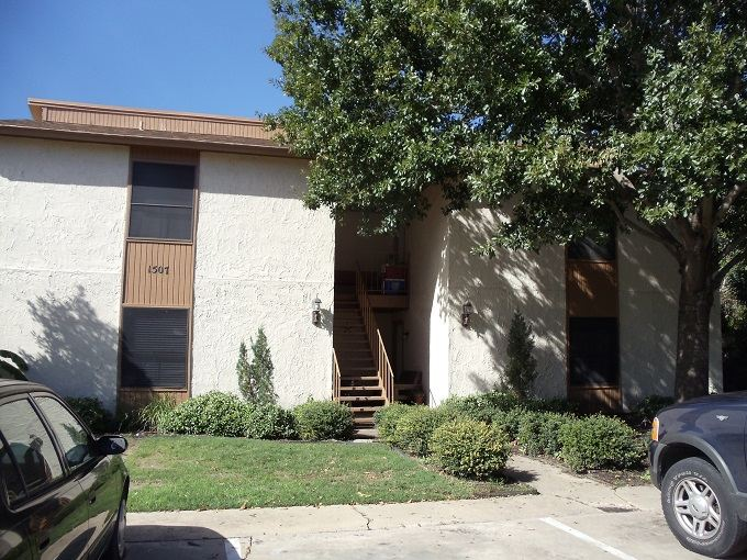 2 Bedrooms 1 Bathroom Apartment for rent at 1507 Oakdale Cir in College Station, TX
