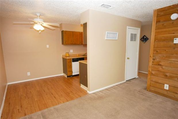 1 Bedroom 1 Bathroom Apartment for rent at Tower Crossing Apartments in Tulsa, OK