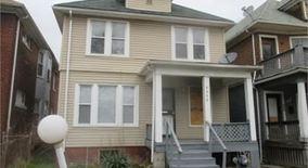 Similar Apartment at 4252 Larchmont St