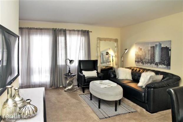 2 Bedrooms 1 Bathroom Apartment for rent at Eden Springs in Columbus, OH