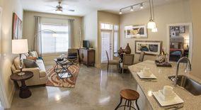 Similar Apartment at 811 E 11th St