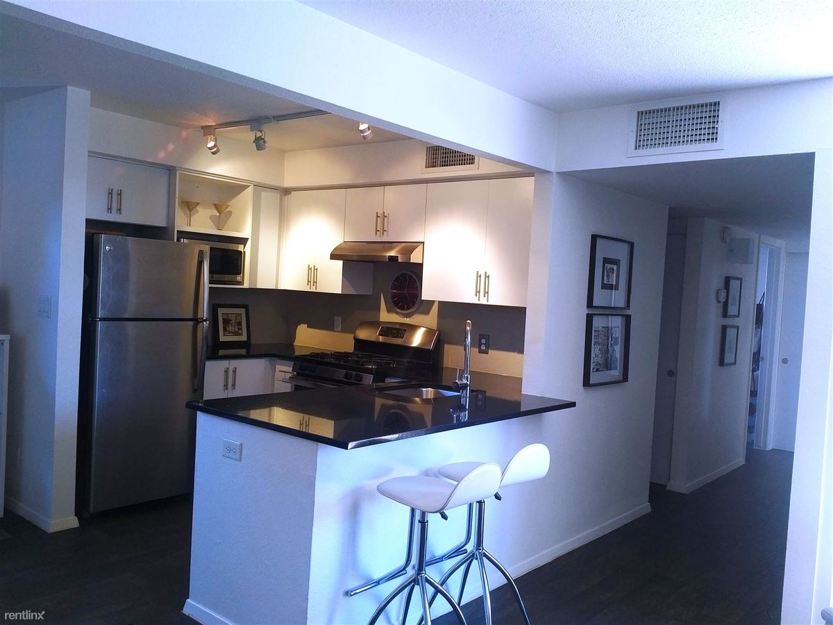 2 Bedrooms 1 Bathroom Apartment for rent at City 15 Apartments in Phoenix, AZ