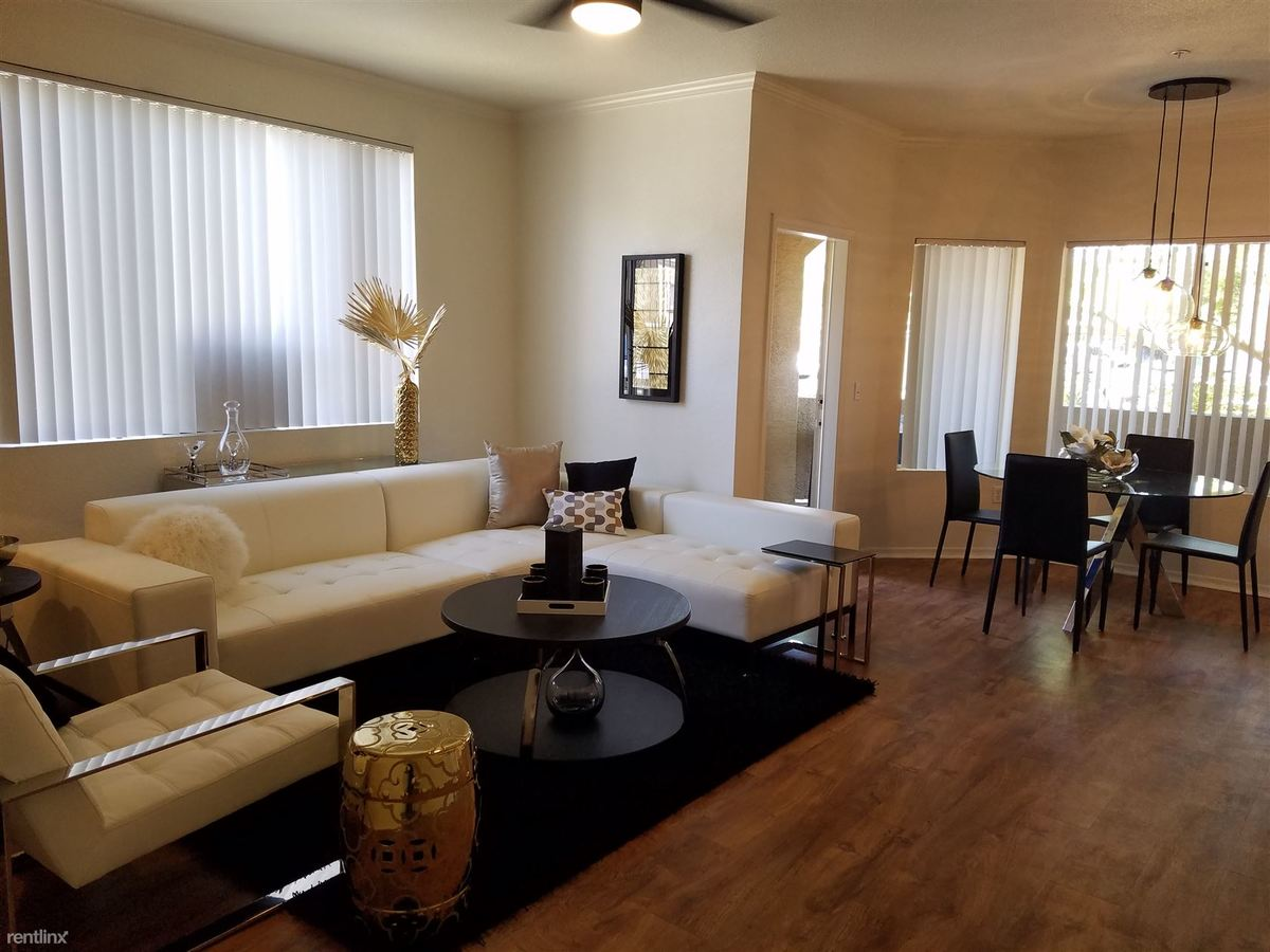 1 Bedroom 1 Bathroom Apartment for rent at Red Rox Villas in Phoenix, AZ