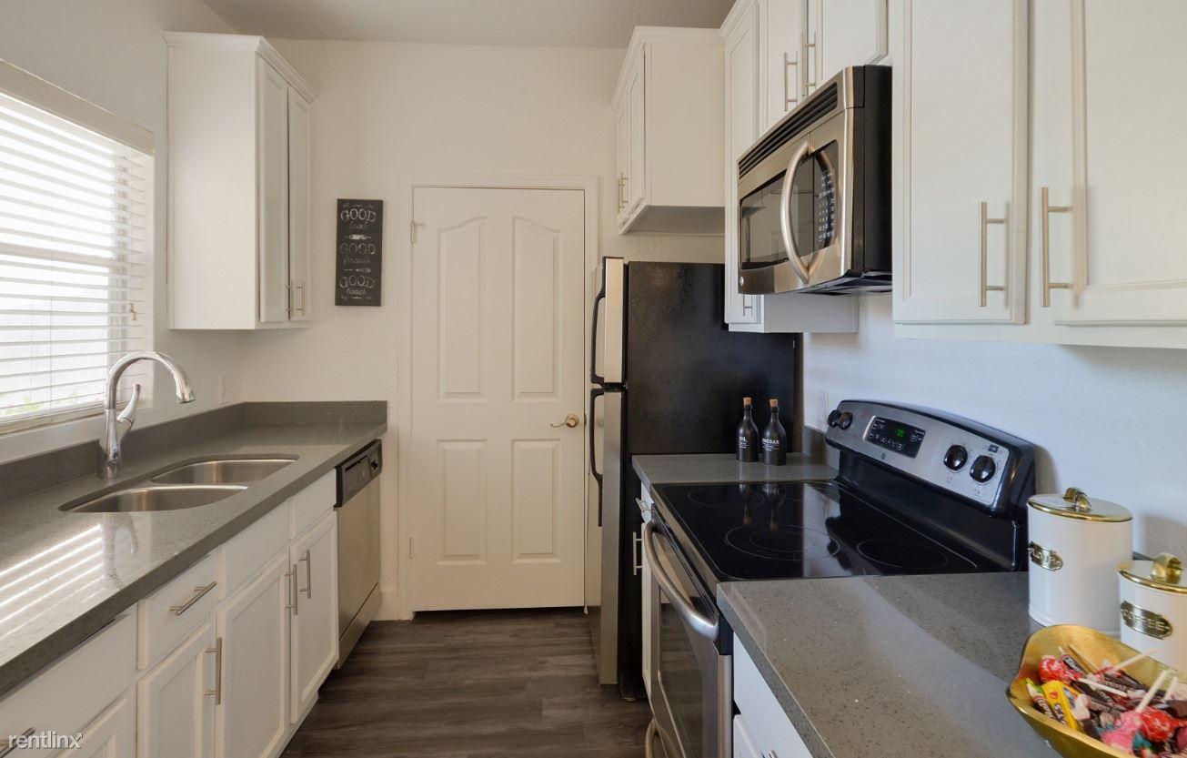 1 Bedroom 1 Bathroom Apartment for rent at Allison Apartments in Scottsdale, AZ