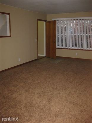 3 Bedrooms 1 Bathroom Apartment for rent at Town's Edge Apartments in Madison, WI