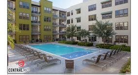 Similar Apartment at Downtown Property Id 787442