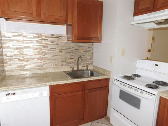 1 Bedroom 1 Bathroom Apartment for rent at Eagle Nook Apartments in Library, PA