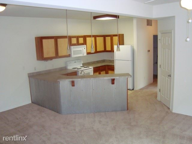 2 Bedrooms 1 Bathroom Apartment for rent at The Grove At Latimer in Bloomington, IN