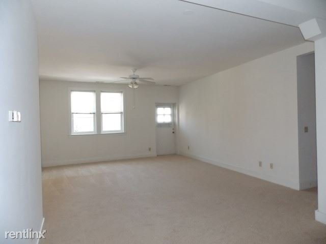 2 Bedrooms 1 Bathroom Apartment for rent at The Franklin Building Downtown in Bloomington, IN