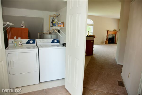 1 Bedroom 1 Bathroom Apartment for rent at The Woods At Latimer in Bloomington, IN