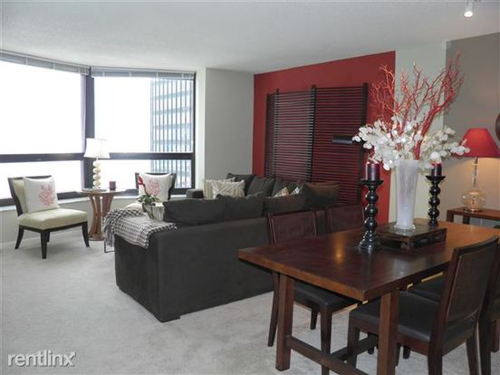 1 Bedroom 1 Bathroom Apartment for rent at 175 N Harbor Dr in Chicago, IL