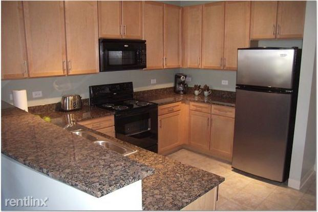 2 Bedrooms 2 Bathrooms Apartment for rent at 900 S Clark St in Chicago, IL