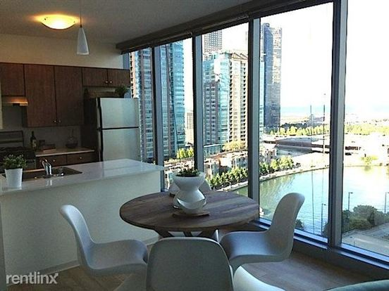 1 Bedroom 1 Bathroom Apartment for rent at 345 E Wacker Dr in Chicago, IL