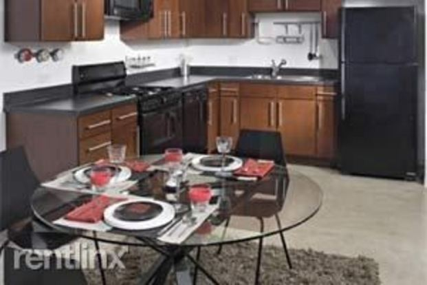 1 Bedroom 1 Bathroom Apartment for rent at 1401 S State St in Chicago, IL