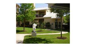 Similar Apartment at 2209 Hancock Dr