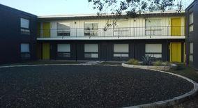 Similar Apartment at 1200 E 52nd St