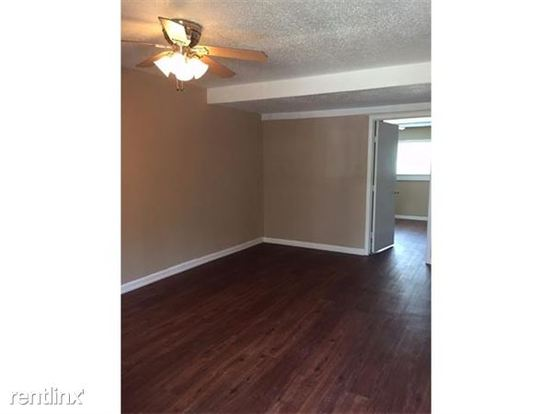 1 Bedroom 1 Bathroom Apartment for rent at 1202 Newning Ave in Austin, TX