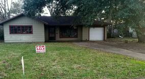 2485 N Lynwood Dr Apartment for rent in Beaumont, TX