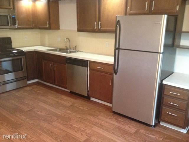 1 Bedroom 1 Bathroom Apartment for rent at Autumn Ridge Townhomes And Apartments in Lansing, MI