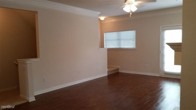 3 Bedrooms 3 Bathrooms House for rent at 1601 S Mo Pac Expy in Austin, TX