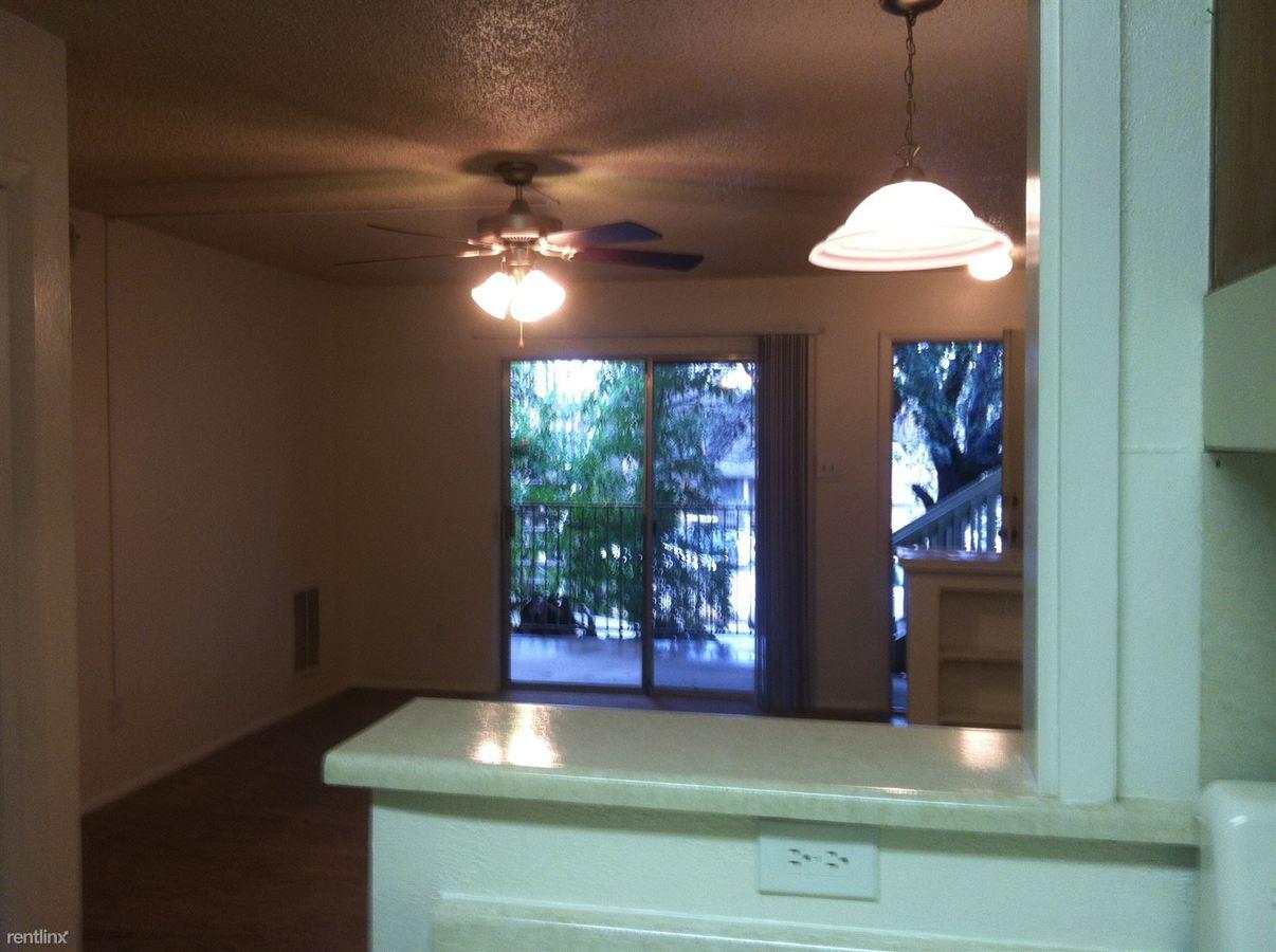 1 Bedroom 1 Bathroom Apartment for rent at 2632 S Lamar Blvd in Austin, TX