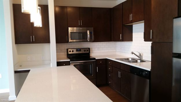 1 Bedroom 1 Bathroom Apartment for rent at 1303 S Lamar Blvd in Austin, TX