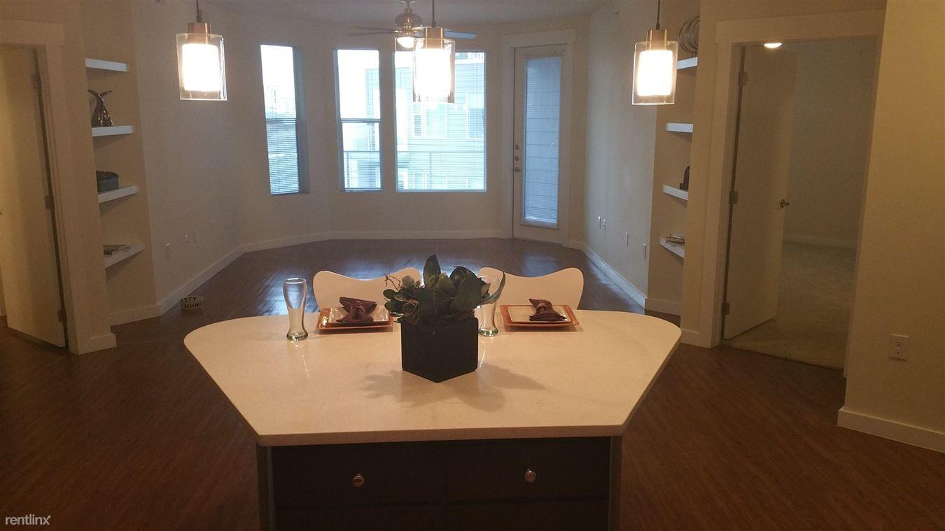 2 Bedrooms 2 Bathrooms Apartment for rent at 1303 S Lamar Blvd in Austin, TX
