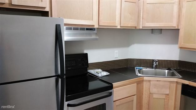 1 Bedroom 1 Bathroom Apartment for rent at 1901 S Lamar Blvd in Austin, TX