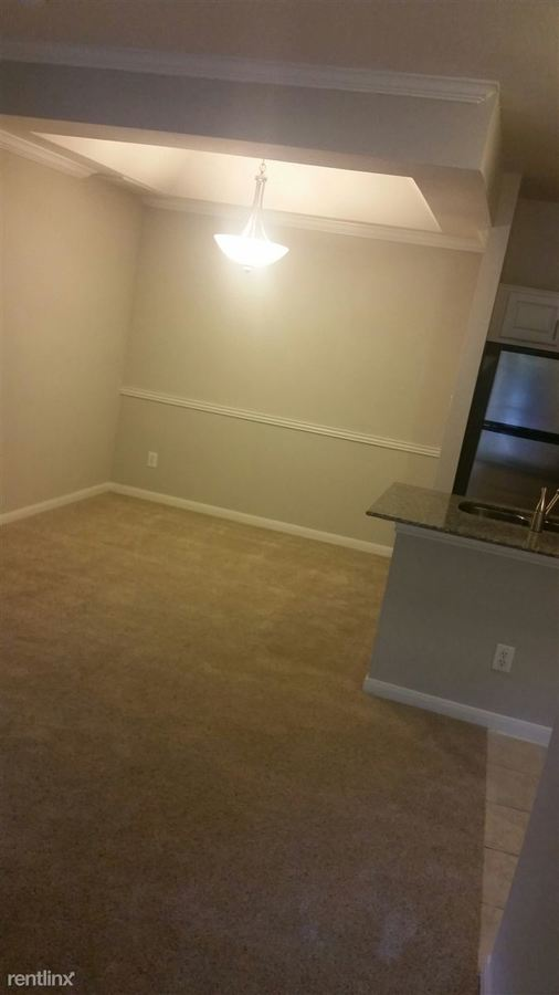 1 Bedroom 1 Bathroom House for rent at 2304 Lake Austin Blvd in Austin, TX