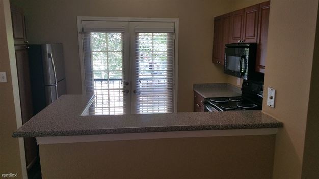 2 Bedrooms 2 Bathrooms Apartment for rent at 1300 S Congress Ave in Austin, TX