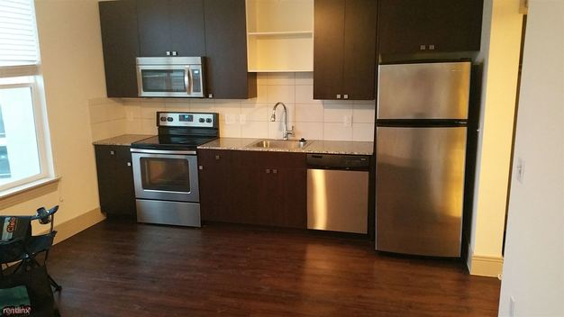 1 Bedroom 1 Bathroom Apartment for rent at 2613 S Lamar Blvd in Austin, TX
