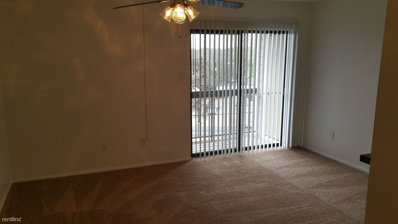 1 Bedroom 1 Bathroom Apartment for rent at 2600 S 1st St in Austin, TX