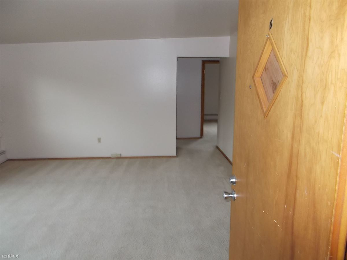 1 Bedroom 1 Bathroom Apartment for rent at 8948 White Oak Ave in Munster, IN
