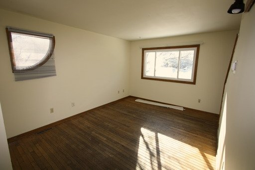 2 Bedrooms 1 Bathroom House for rent at 2417 Como Ave SE in Minneapolis, MN