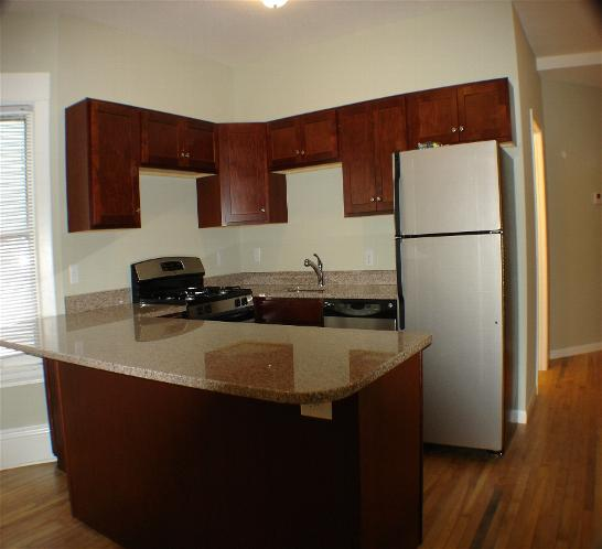 4 Bedrooms 2 Bathrooms Apartment for rent at 1846 Laurel Ave in St Paul, MN