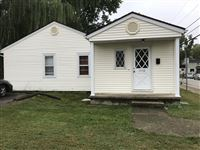 3 Bedrooms 1 Bathroom House for rent at 1510 N Lincoln St in Bloomington, IN