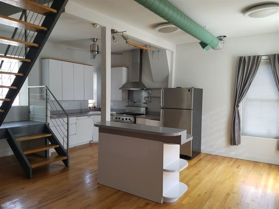 2 Bedrooms 2 Bathrooms Apartment for rent at 1651 N Claremont Ave in Chicago, IL