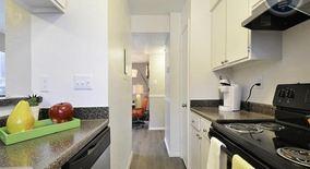 Similar Apartment at 2001 Ih 35 S.