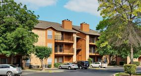 Similar Apartment at 8617 Spicewood Springs Rd