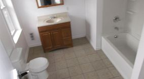 Similar Apartment at (august) Large Bedroom, Close Pitt, Duquesne Univ