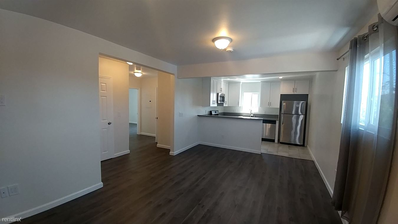 2 Bedrooms 1 Bathroom Apartment for rent at 39th St Apts Los Angeles (39th & Normandie) in Los Angeles, CA
