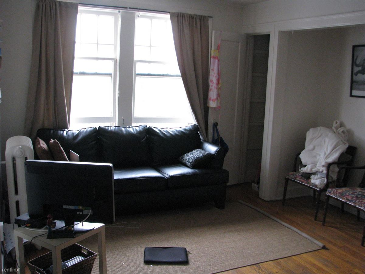 1 Bedroom 1 Bathroom Apartment for rent at College Manor Apartments in East Lansing, MI