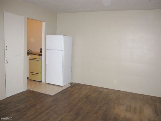 1 Bedroom 1 Bathroom Apartment for rent at Ridgewood Apartments in Eugene, OR